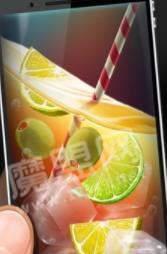 手机喝冰饮料